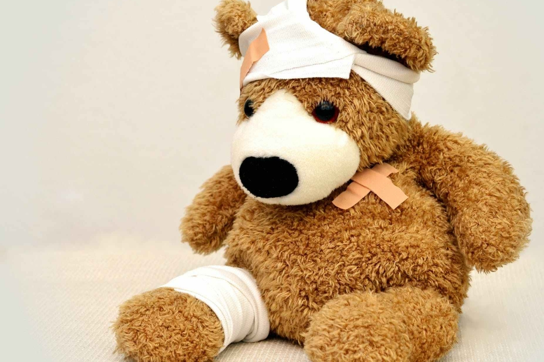 How to Talk about Injuries & FirstAid